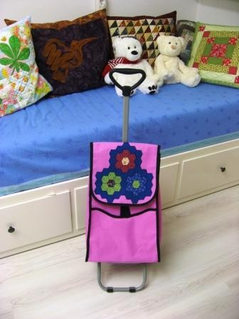 A trolley fit for a quilter or an Ice Bear!