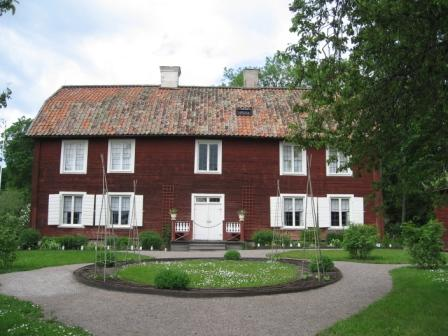 The main house at Hammarby: Linnaeus' country home.