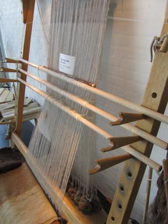 The loom from the other side!
